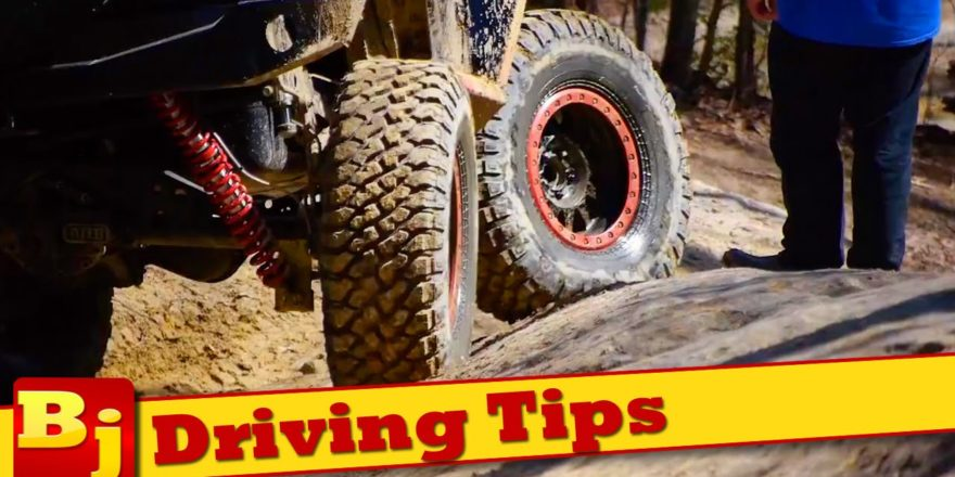 Tips to be a Watchful And Responsible Driver on The Road