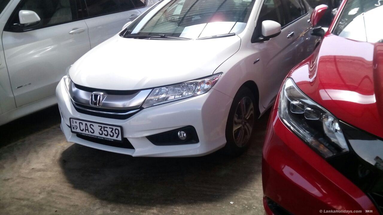 Travel Comfortably Via Hiring Car Rental In Kolkata